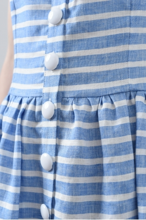 Платье из льна на бретелях